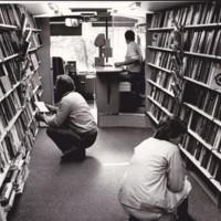 http://kirjasto.asiakkaat.sigmatic.fi/Ejpg/k750a.jpg